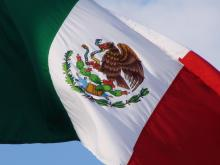 http://www.mexicanbusinessweb.mx/wp-content/uploads/2014/09/mexico-flag.jpg